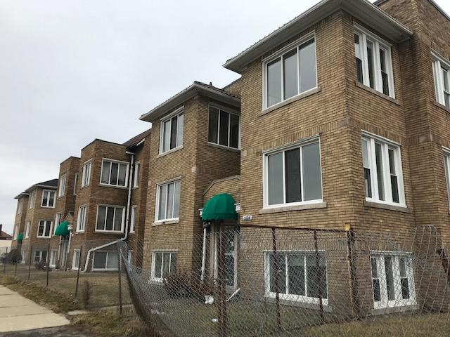 Photo by Zeinab Najm The vacant Oakman Place Apartments, 5104 Oakman Blvd., shut down in December 2016 due to health and safety concerns, will be rehabilitated by new ownership.