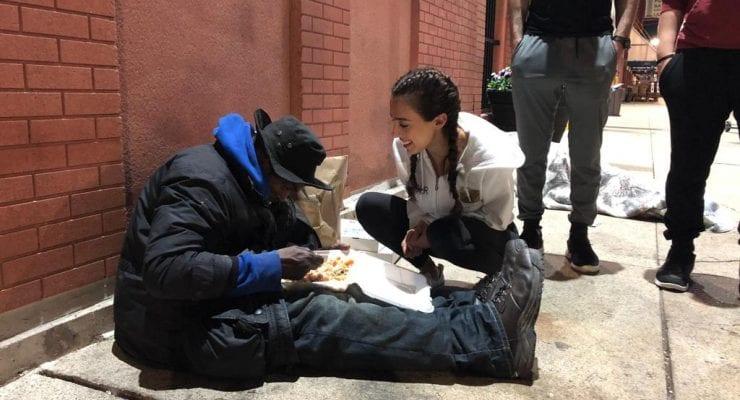 Volunteers repurpose Ramadan meals, feed those in need